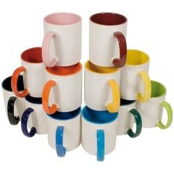 Mug en céramique bicolore avec poignée colorée